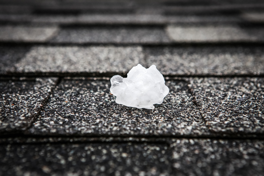 4 Tips for Protecting Windows from Storm Damage